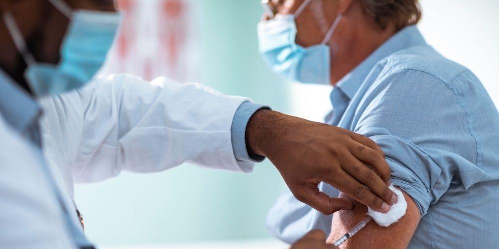 Sociétaire de la MACSF, jusqu'au 31 janvier 2021, votre responsabilité civile professionnelle est valable pour les actes réalisés dans le contexte de la lutte contre l'épidémie du virus du COVID-19, y compris la campagne vaccinale.