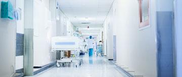 Comme tous les soignants, en tant qu'infirmier, vous avez également accès aux cellules locales d'urgence médico-psychologique du ministère de la Santé (0800 73 09 58) et de la Croix-Rouge (0800 858 858).