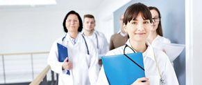Infirmiers : vers un statut d'infirmière en pratique avancée