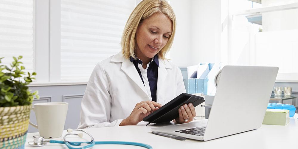 Un médecin protège le secret médical par des échanges sécurisés